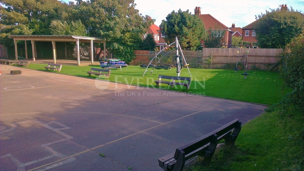 EverLawn Artificial Grass at Westcliffe Primary School Bispham Lancashire (3)