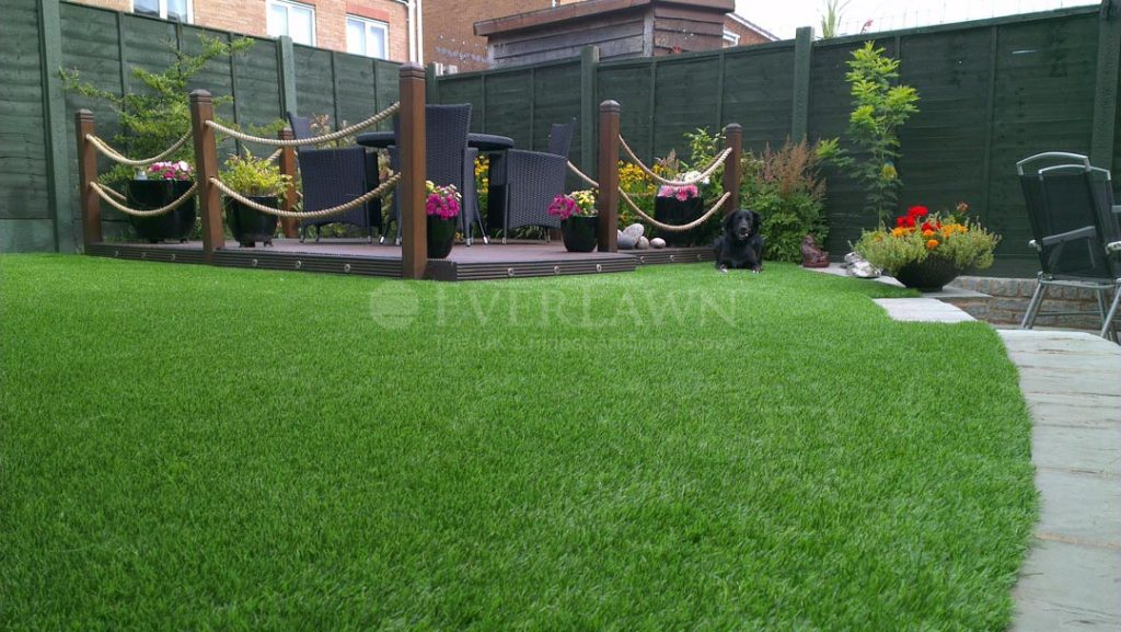 Pet Friendly Artificial Grass Perfect for Pets and Dogs